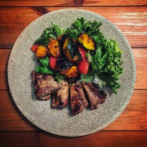 スパイシースペアリブと野菜のモロッコ風スパイス炒め