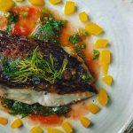 真鯛のポワレ、トマトと生バジルとチーズのソース