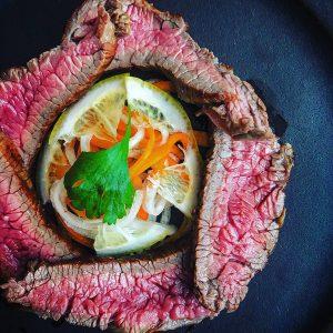 ロースト牛肉のエスニック風
