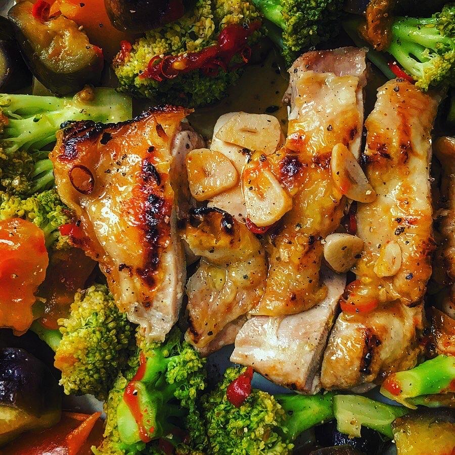 鶏肉と野菜のカポナータ、アラビアータ風